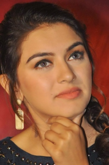 Actress Hansika Motwani Hot Photos in Short Dre